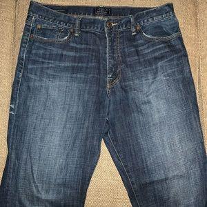 EUC Lucky Brand 361  Vintage Straight Jean Size 36